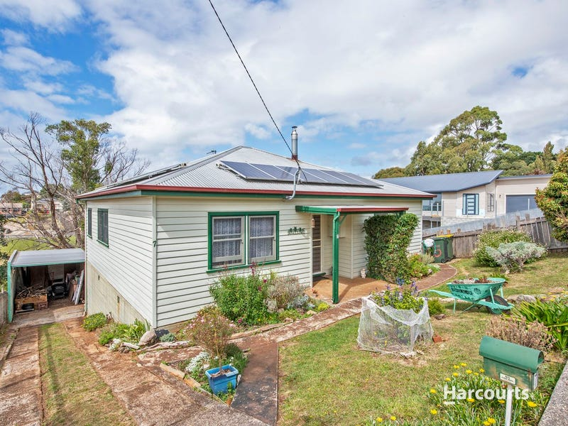 7 Sampson Street, Hillcrest, Tas 7320