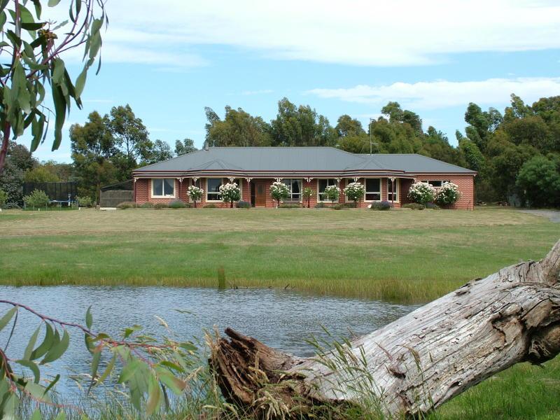 136 Kirks Road, Ross Creek, Vic 3351