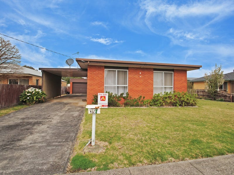 35 Scott Street, Heywood, Vic 3304