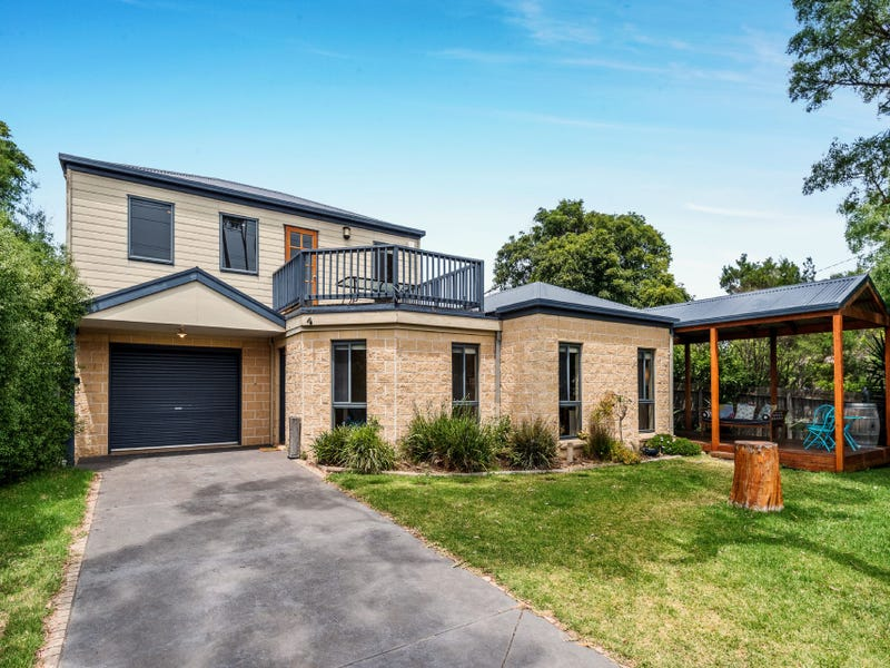 143 Church Street, Cowes, Vic 3922