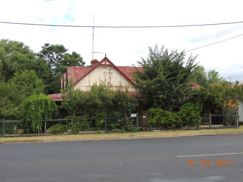 38 Dalgarno St, Coonabarabran, NSW 2357
