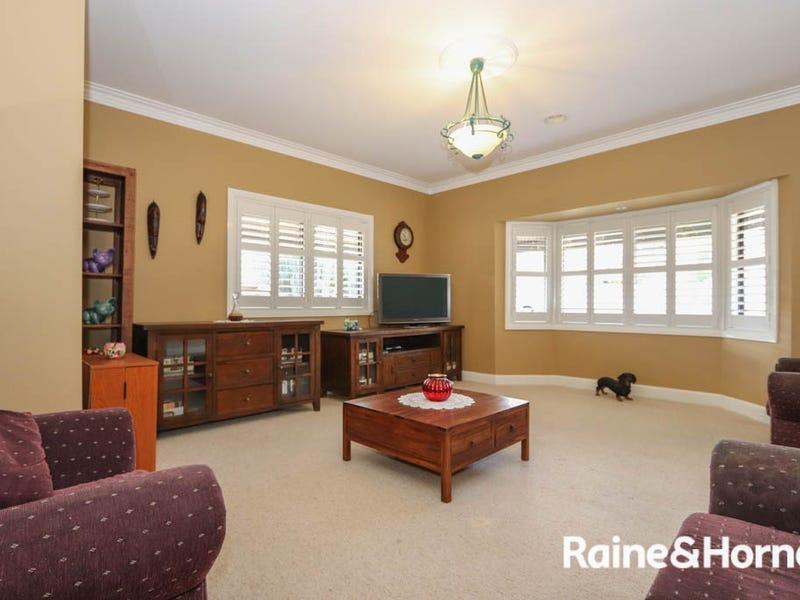 35 Kurumben Place, West Bathurst, NSW 2795