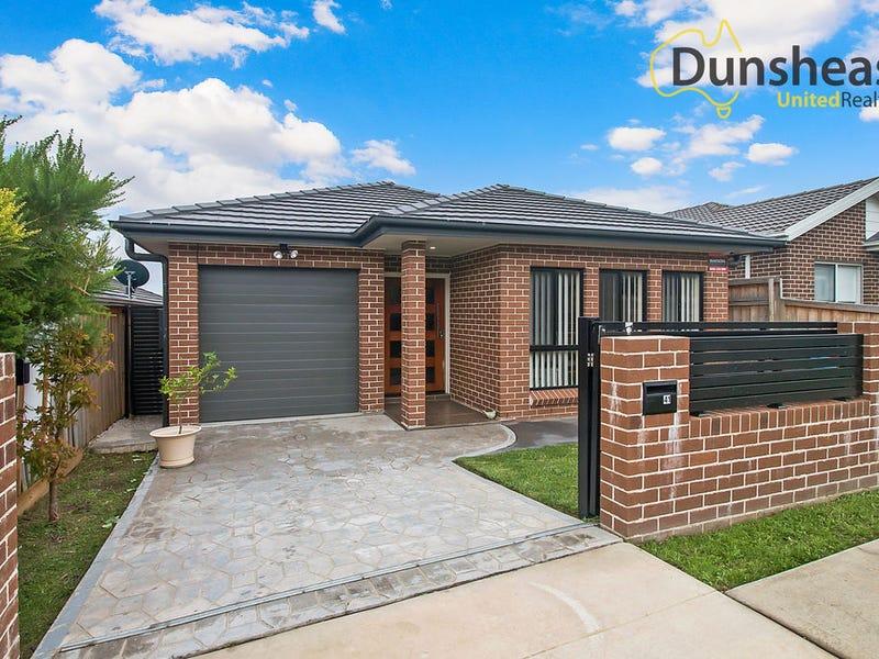 41 Woodroffe Street, Minto, NSW 2566