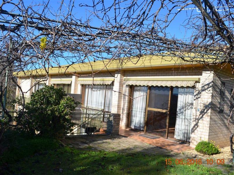 204 Wynyard Street, Tumut, NSW 2720