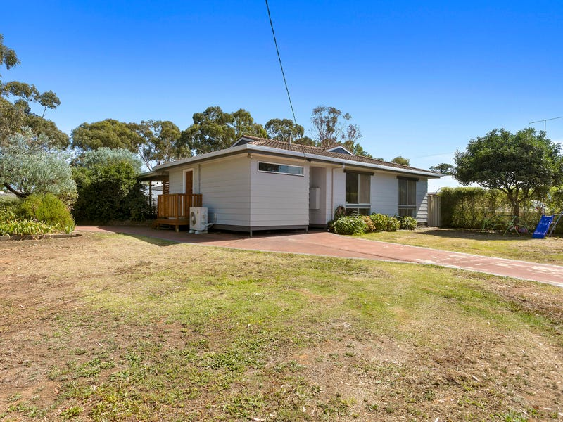 38 Mitchell Street, Axedale, Vic 3551