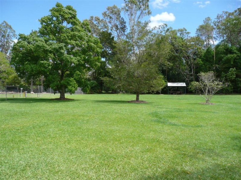 4 Idris Court, Landsborough, Qld 4550