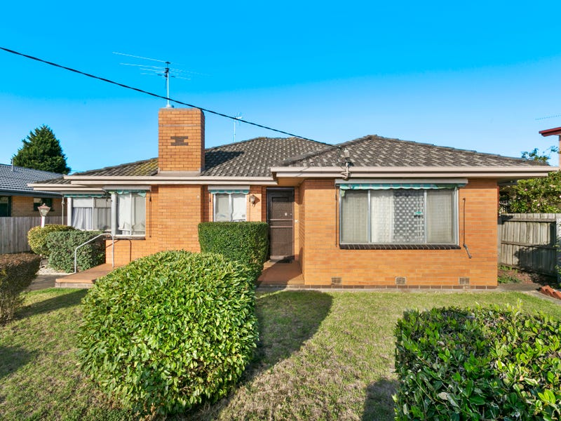 8 Tahara Street, Hamlyn Heights, Vic 3215