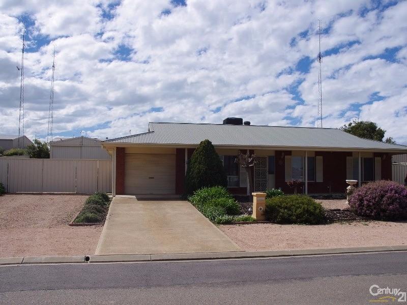 13 Clayton Street, Moonta Bay, SA 5558