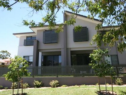 02/139 COTLEW ST, Ashmore, Qld 4214