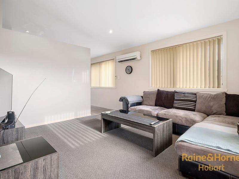 2/6 Ralph Terrace, Rokeby, Tas 7019