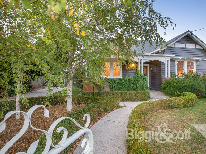 604 Howard Street, Soldiers Hill, Vic 3350