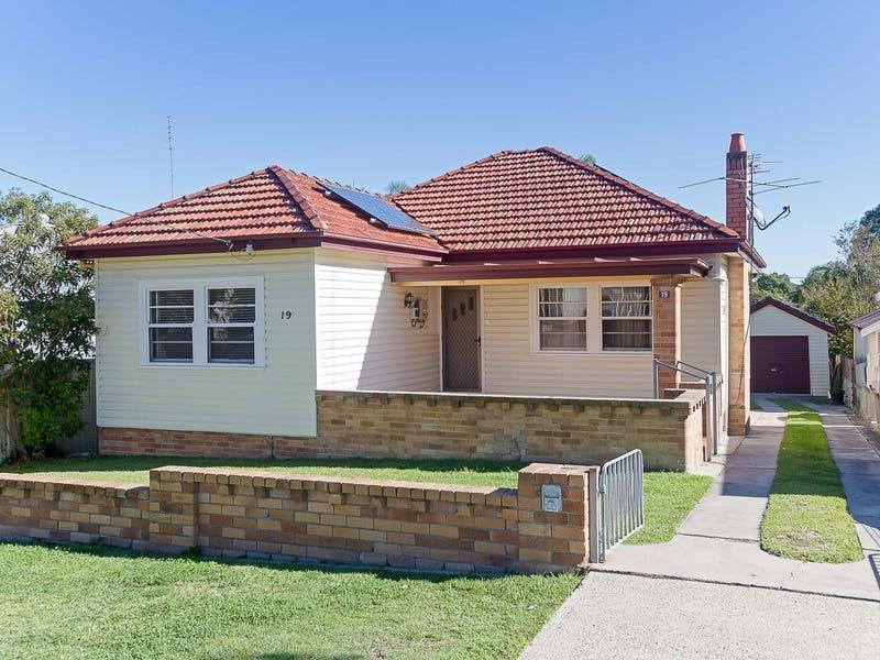 19 Stephens Avenue, Glendale, NSW 2285