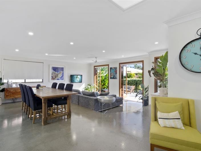 65 Clives Cl, Currumbin Waters, Qld 4223