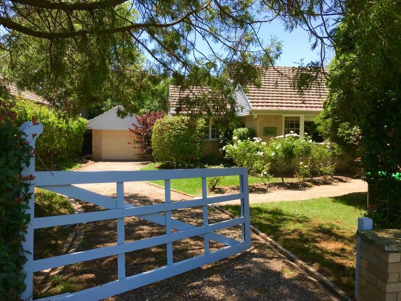 14 Bradman Avenue, Bowral, NSW 2576