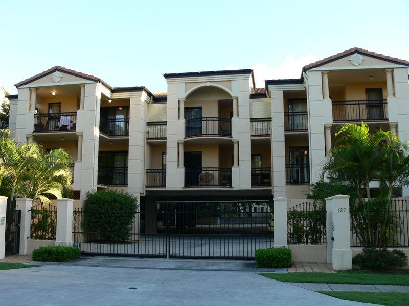 12/127 Macquarie Street, St Lucia, Qld 4067