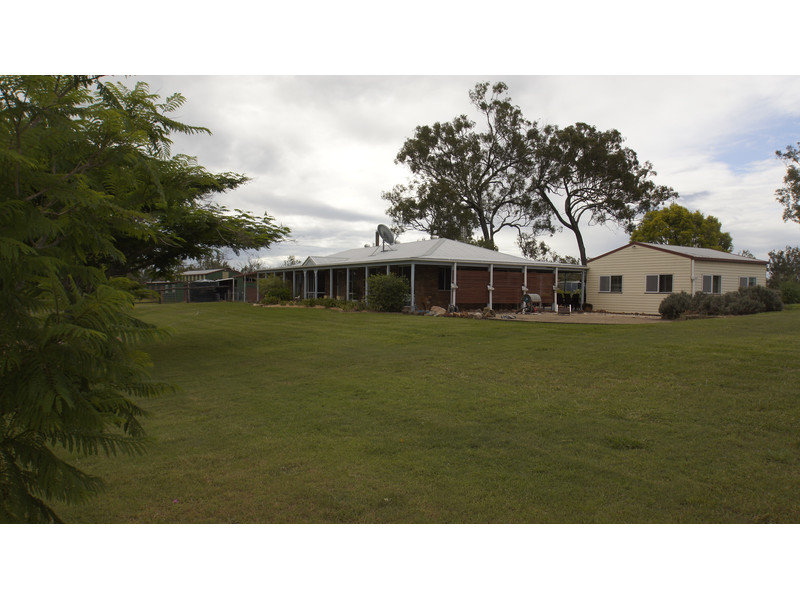 172 Ambrose Road, Lower Tenthill, Qld 4343