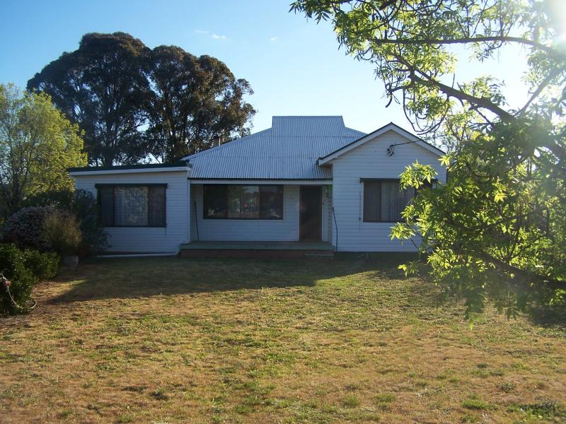5 Mimosa Street, Temora, NSW 2666