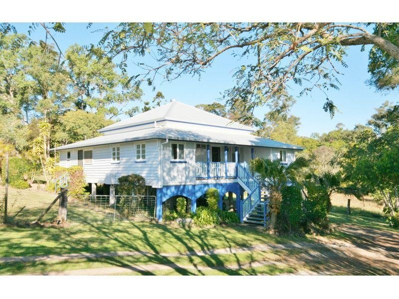 33 Lagoon Pocket Road, Long Flat, Qld 4570