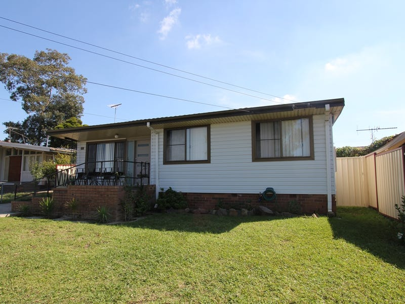 23 Bungulla Street, Sadleir, NSW 2168