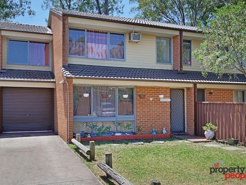 17/15-19 Fourth Avenue, Macquarie Fields, NSW 2564