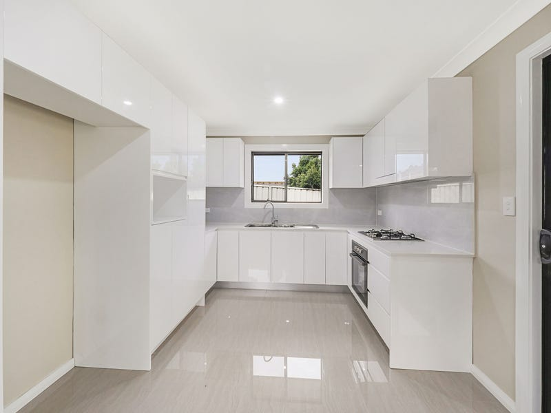 11a North Steyne Rd, Woodbine, NSW 2560