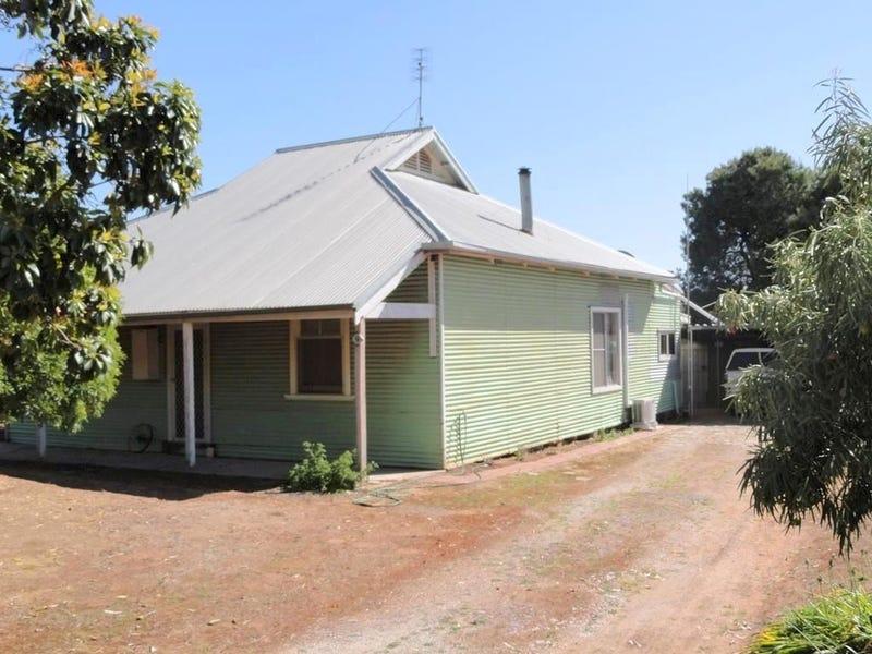 9 Giles Street, Melrose, SA 5483