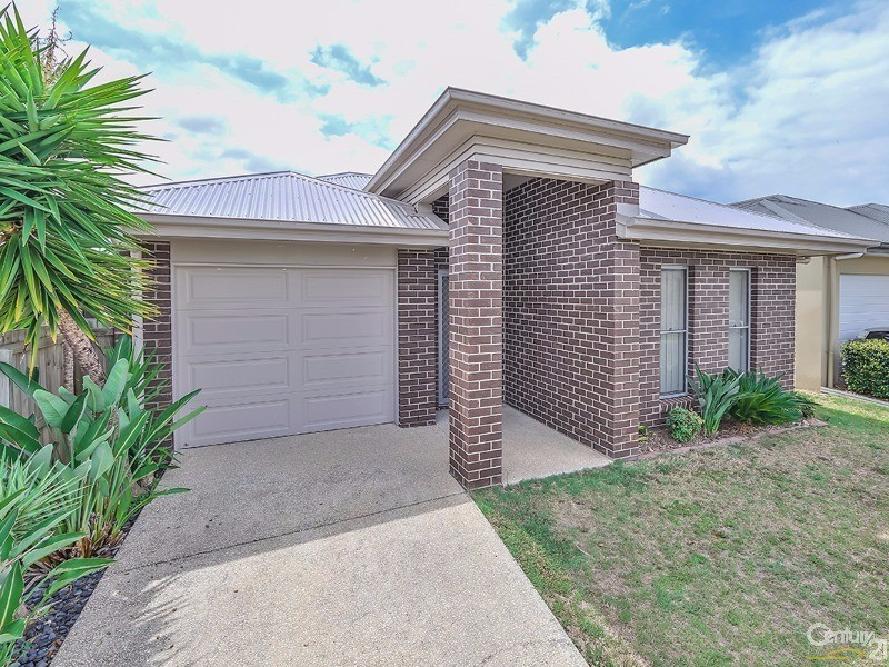 14 Menara Cct, North Lakes, Qld 4509