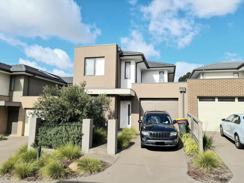 4 Garden Place, Notting Hill, Vic 3168