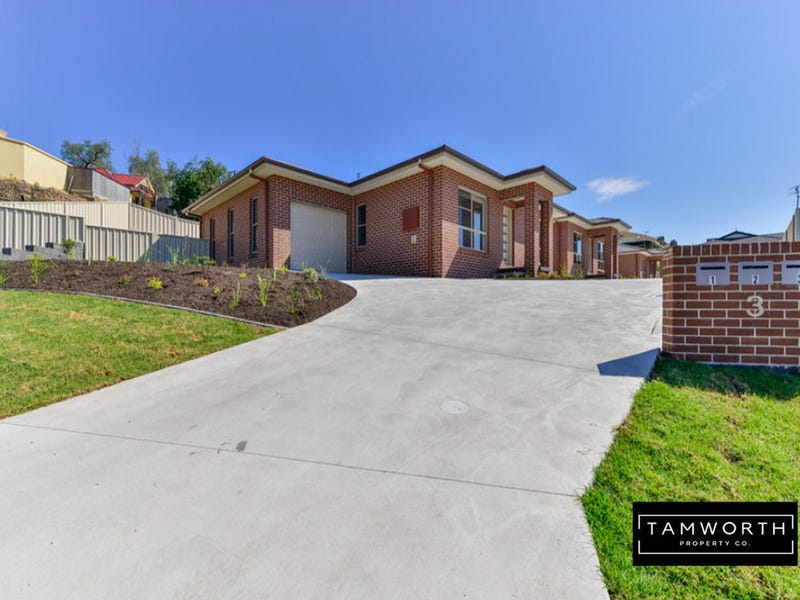 2/3 Ventnor. Drive, Tamworth, NSW 2340