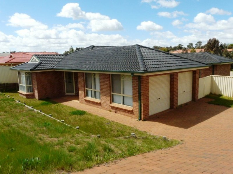 16 Jarrah Court, Kelso, NSW 2795