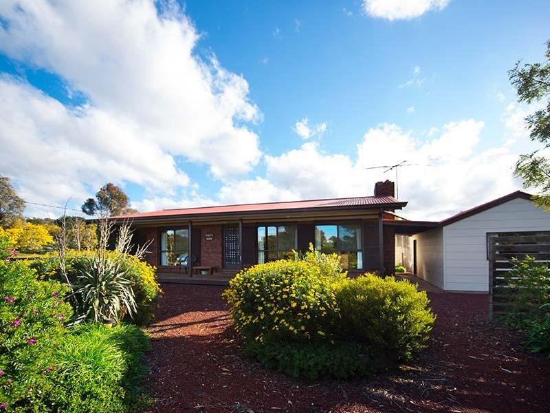 2048 Creswick - Newstead Road, Campbelltown, Vic 3364