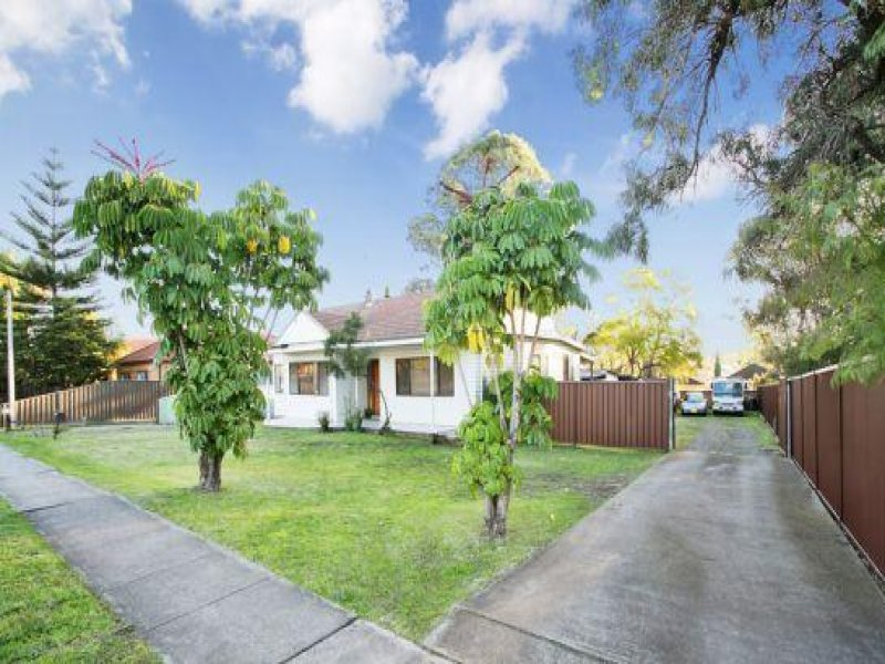 240 Blaxcell Street, Granville, NSW 2142