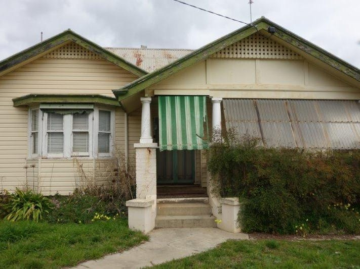 23 Brougham Street, Maryborough, Vic 3465