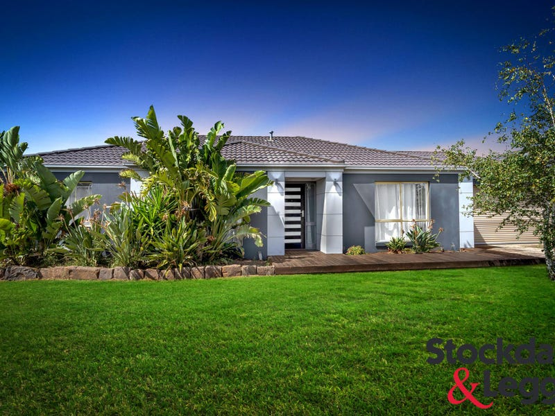 34 Whistler Crescent, Point Cook, Vic 3030