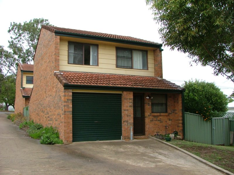 2/76 King Street, Muswellbrook, NSW 2333