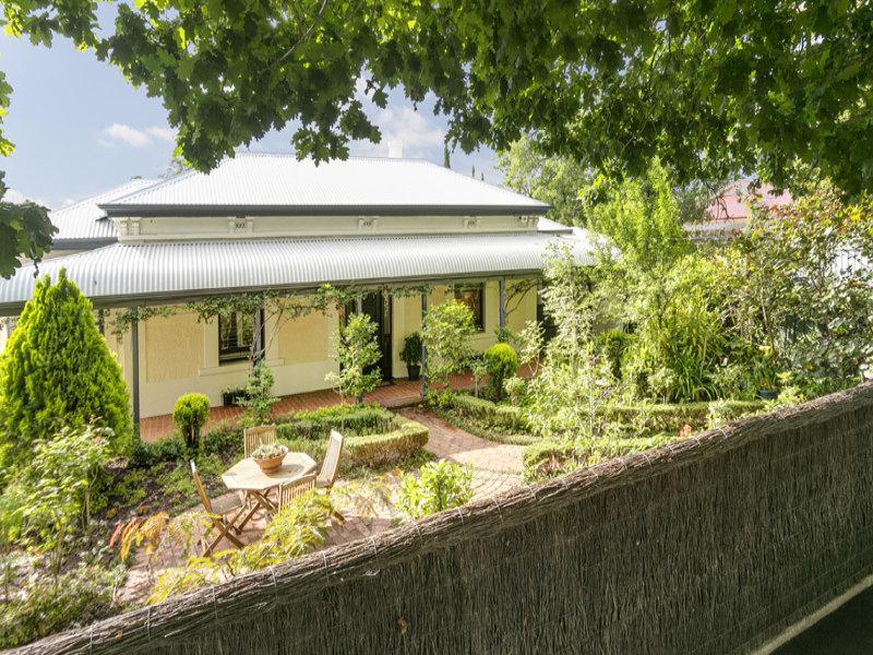 8 Magdalen Street, College Park, SA 5069
