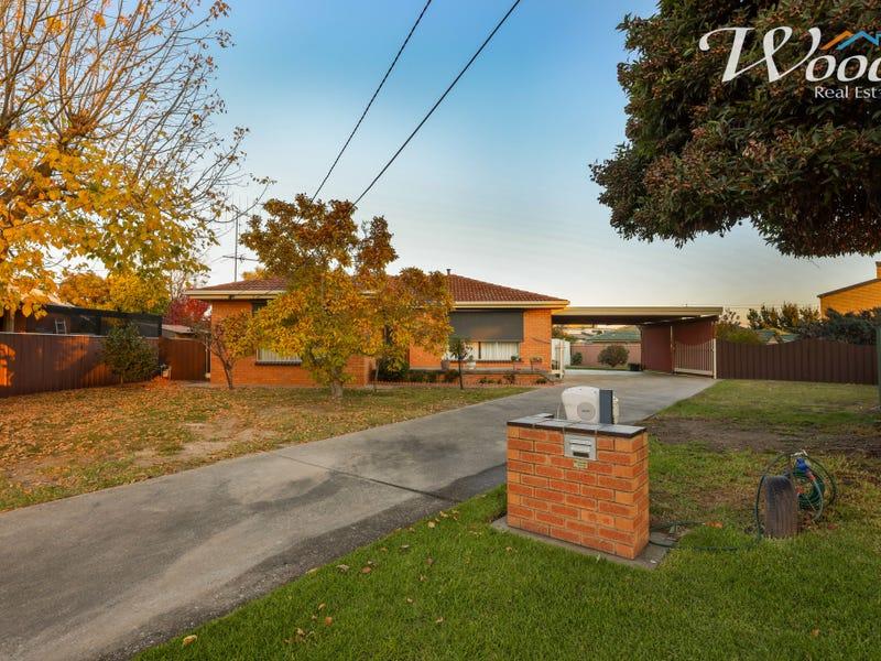 388 Robert Crt, Lavington, NSW 2641