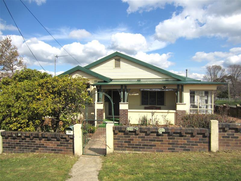128 Queen Street, Oberon, NSW 2787