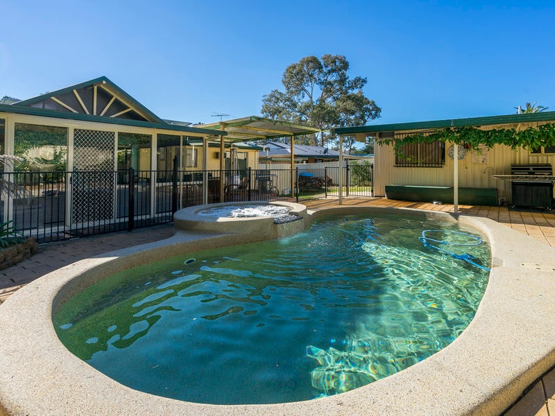 8 Lake Street, Wyee Point, NSW 2259