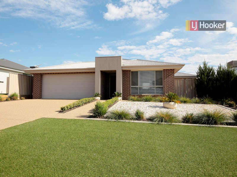 2 Chang Avenue, Lloyd, NSW 2650