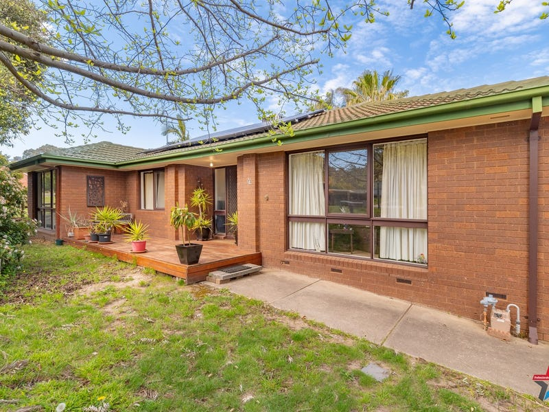 4 Buronga Drive, Springdale Heights, NSW 2641