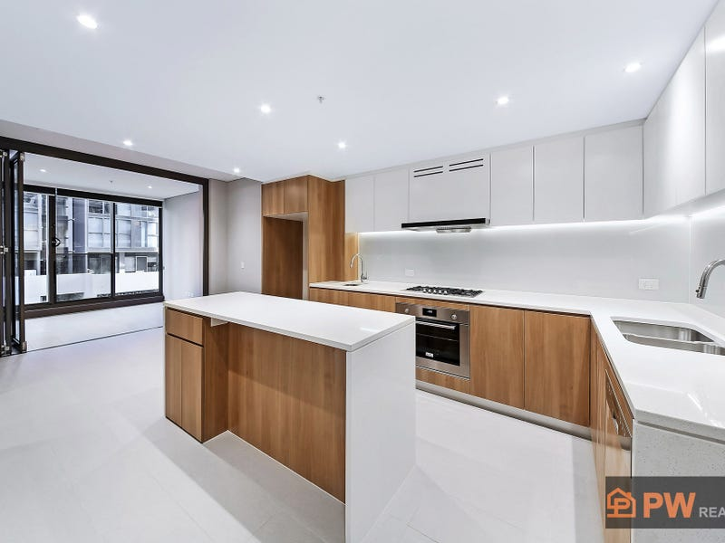 C6.502/2 Wentworth Place, Wentworth Point