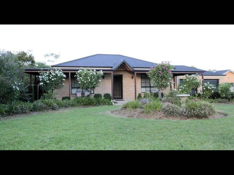 4 Boyd Street, Cootamundra, NSW 2590