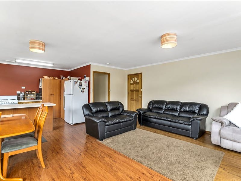 2/1A Browns Road, Kingston, Tas 7050
