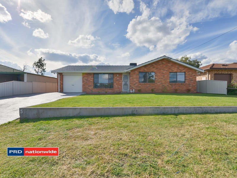 5 Willow Park Drive, Kootingal, NSW 2352