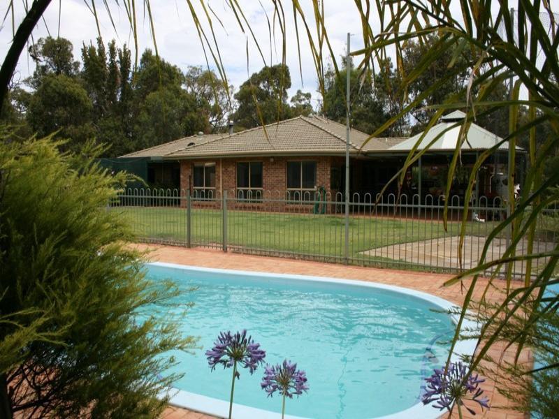21 Australind Road, Australind, WA 6233