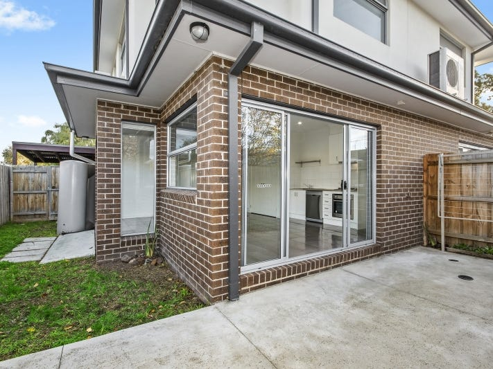 3/8 Detroit  Crescent, Corio, Vic 3214