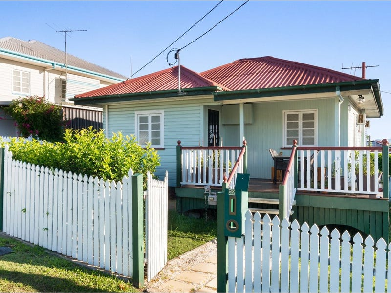 32 Roseneath Parade, Wynnum West, Qld 4178