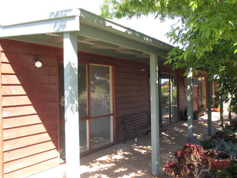46 Silvermines Road, St Arnaud, Vic 3478