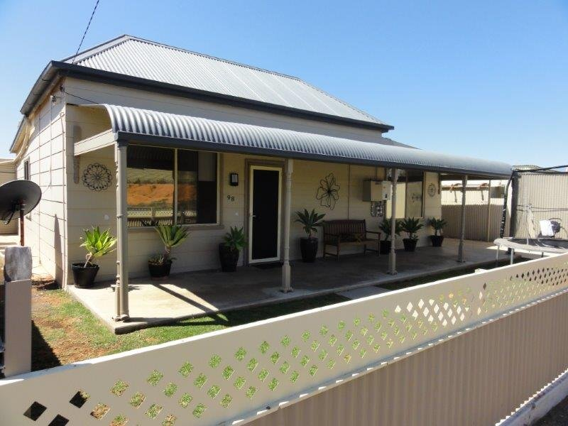98 Bagot Street, Broken Hill